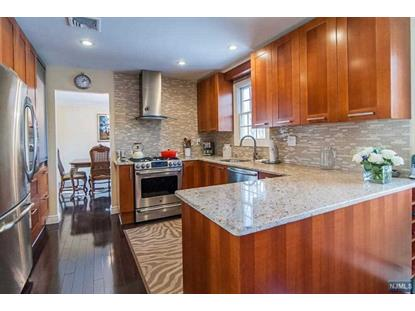 689 Knollwood Rd Franklin Lakes, NJ MLS# 1602702