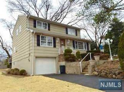 22 Elmwood Rd, Verona, NJ 07044