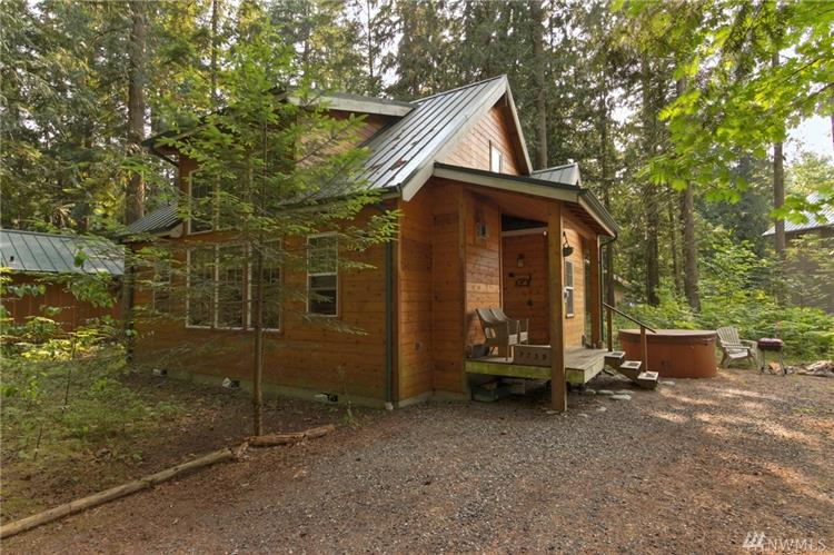 7739 Viewridge Dr, Maple Falls, WA 98266