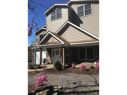 7686 LAKE SHORE DRIVE Pocono Lake, PA MLS# PM-33304