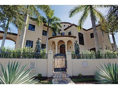 17625 SW 74 PL Palmetto Bay, FL MLS# A10057990