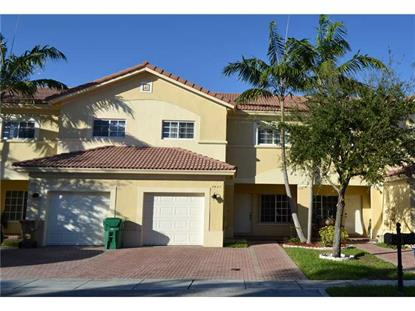 7627 N STONECREEK CR Davie, FL MLS# A1994200