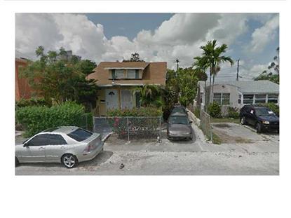 900 SW 29 AV, Miami, FL
