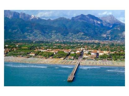 48 VIA PONCHIELLI ITALY Lake Elmo, MN MLS# A2098698