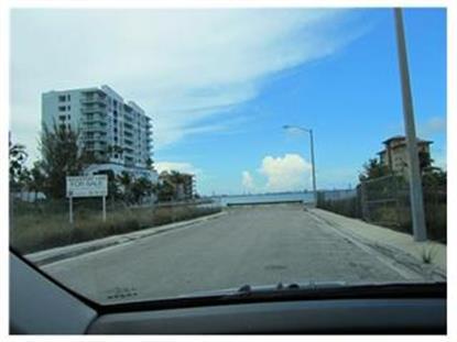 418 29 ST , Miami, FL