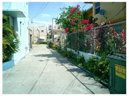 1441 SW 3 ST , Miami, FL