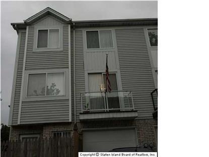 112 Blythe Pl, Staten Island, NY 10306