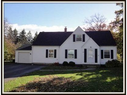 8585 Sunset Dr, Clarence, NY