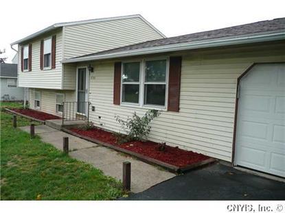 4746 Stonehurst Rd, Clay, NY