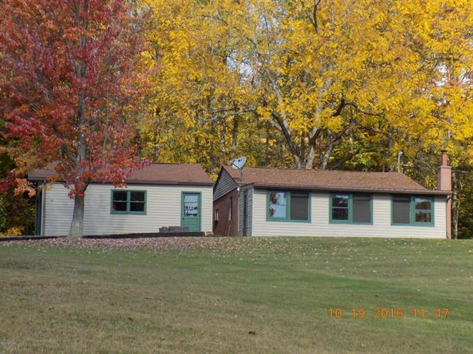 30 Wise Road Ext, Montgomery, PA 17752