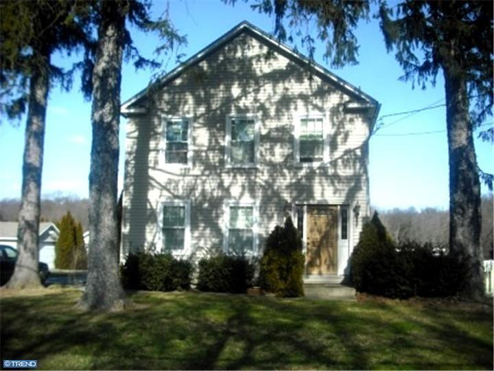 Photo of home for sale at 499 PERRINEVILLE RD, Hightstown NJ