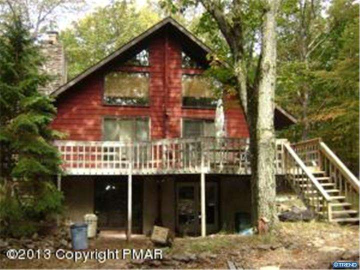 Photo of home for sale at 502 CREST DR, Lake Harmony PA