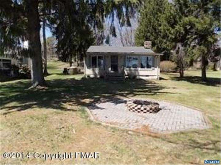 Photo of home for sale at 1481 LAKEVIEW DR, White Haven PA