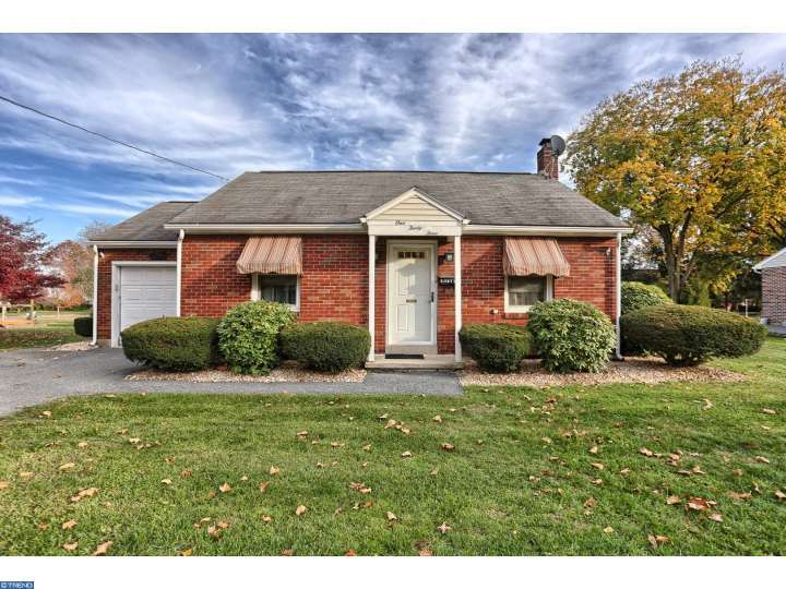 Property for sale at 133 N LINDEN ST, Robesonia,  PA 19551