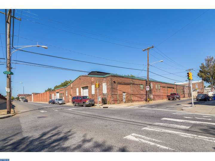Photo of home for sale at 2201 E SOMERSET ST, Philadelphia PA