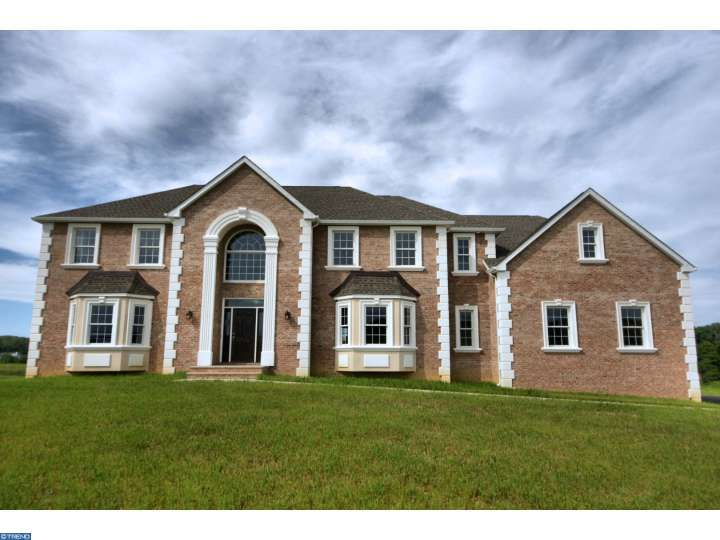 Photo of home for sale at 15 A SIENNA CT, Robbinsville NJ