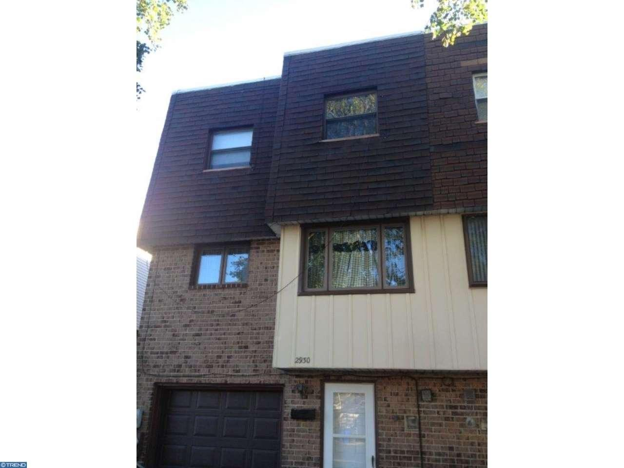 Photo of home for sale at 2930 JOEY DR, Philadelphia PA
