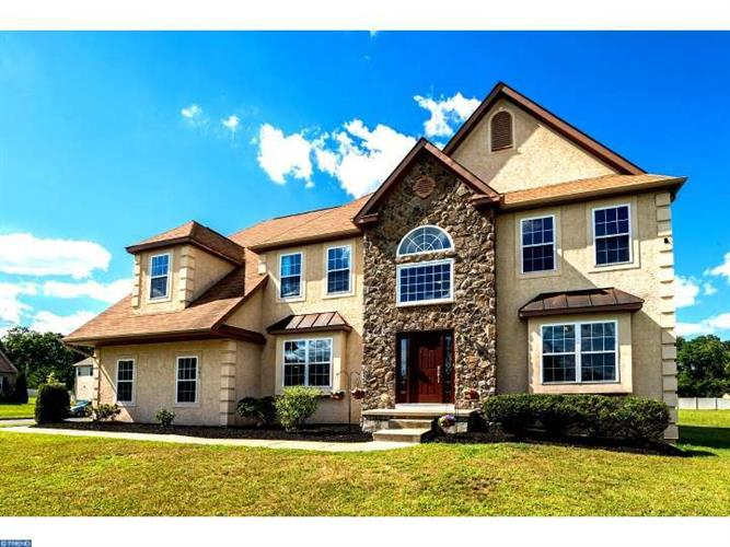 163 Desilvio Dr, Sicklerville, NJ 08081