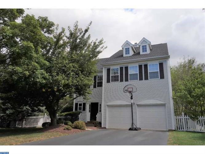 9 RUSH CT, Plainsboro, NJ 08536