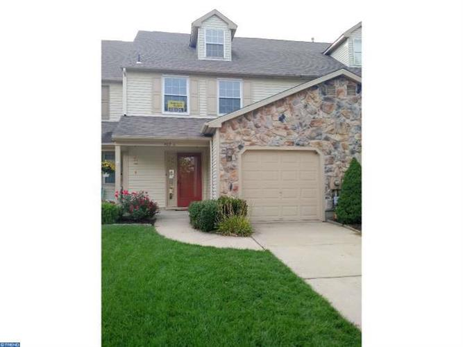 402 HAZELWOOD LN, Evesham, NJ 08053