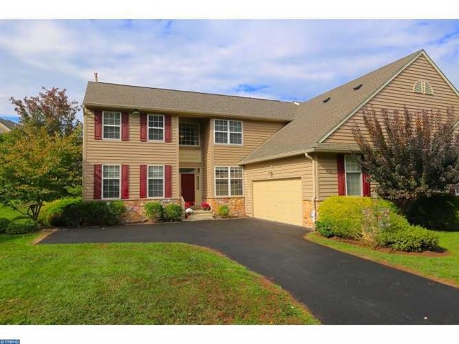 415 Knolls Rd, West Chester, PA 19382