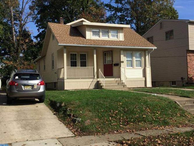 65 Manor Ave, Oaklyn, NJ 08107