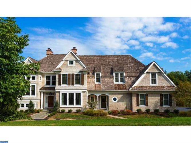 202 Carriage Ln, Newtown Square, PA 19073