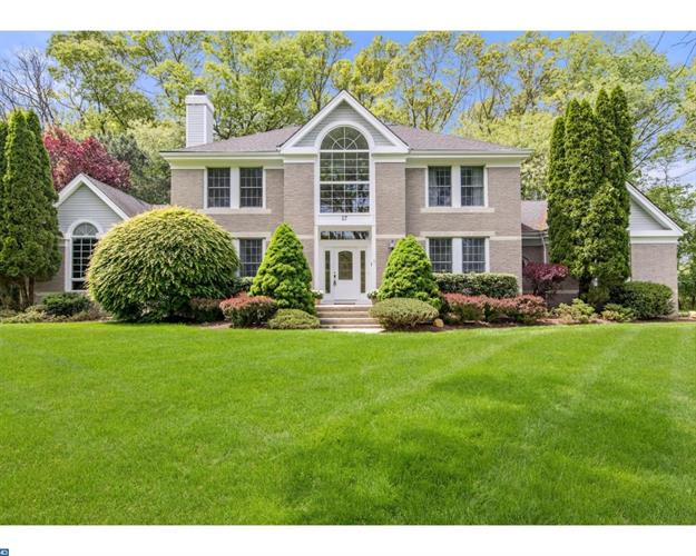27 Revere Ct, Princeton Junction, NJ 08550