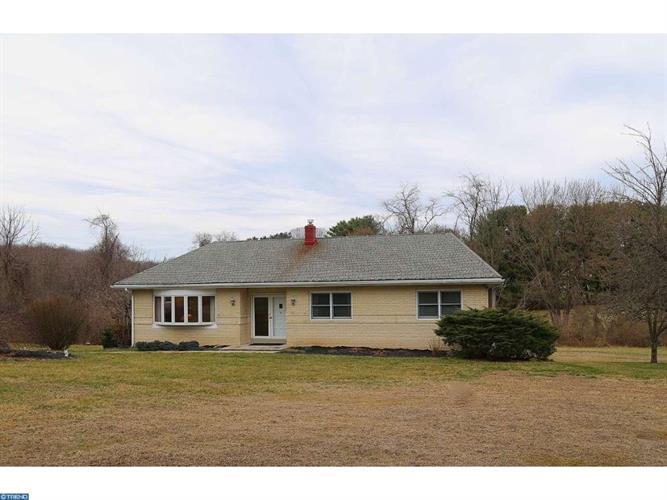1285 Sycamore Mills Rd, Glen Mills, PA 19342