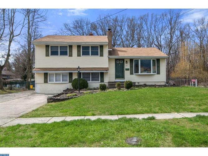 22 Farwood Rd, Gibbsboro, NJ 08026