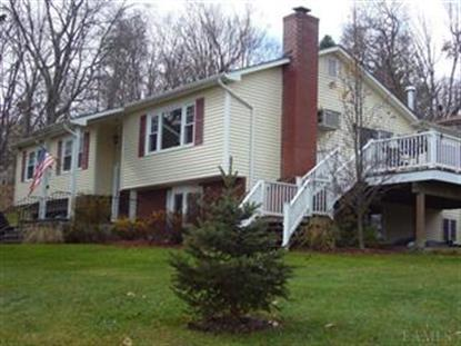 16 Willow Rd, Lincolndale, NY