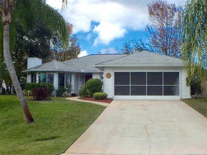 926 Oswego Avenue, Sebastian, FL 32958