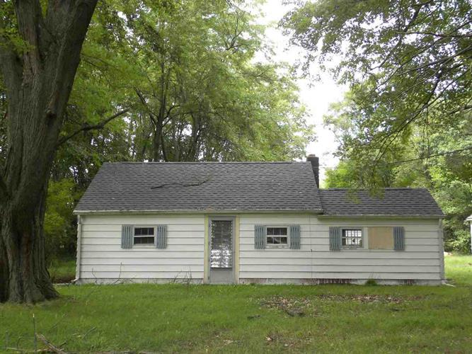 26265 Grant Rd, South Bend, IN 46619