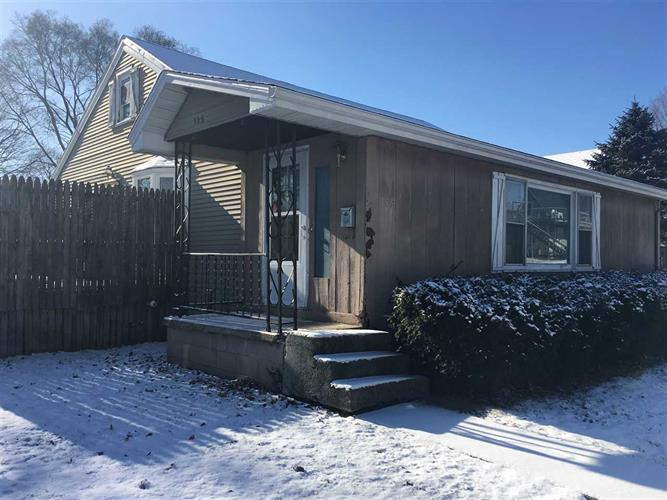 115 E Clem St, Flora, IN 46929