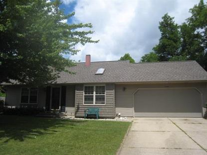 2302 MARSHALL DR Mishawaka, IN MLS# 201408470