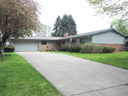 1814 Churchill Dr, South Bend, IN 46617