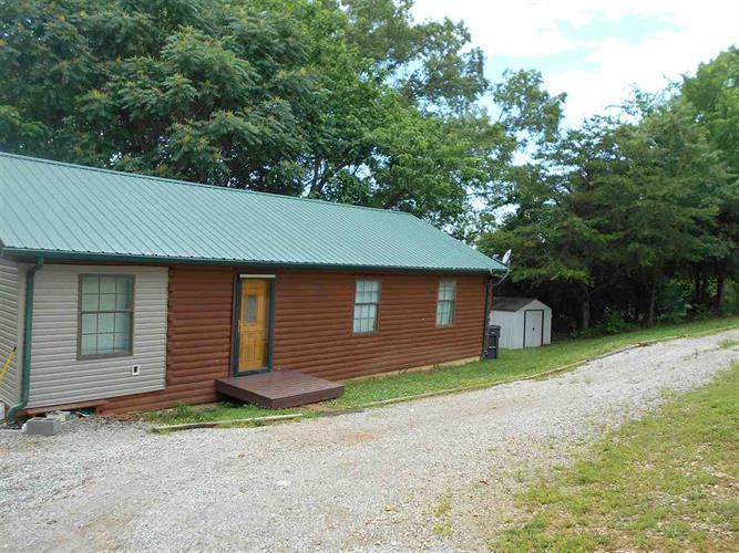 7797 Wells Rd, Talbott, TN 37877