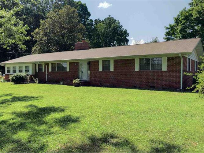 151 Hugh Rule Dr, Rockford, TN 37853