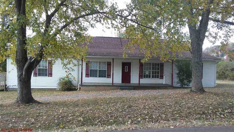 931 Valley Home Rd, Dandridge, TN 37725