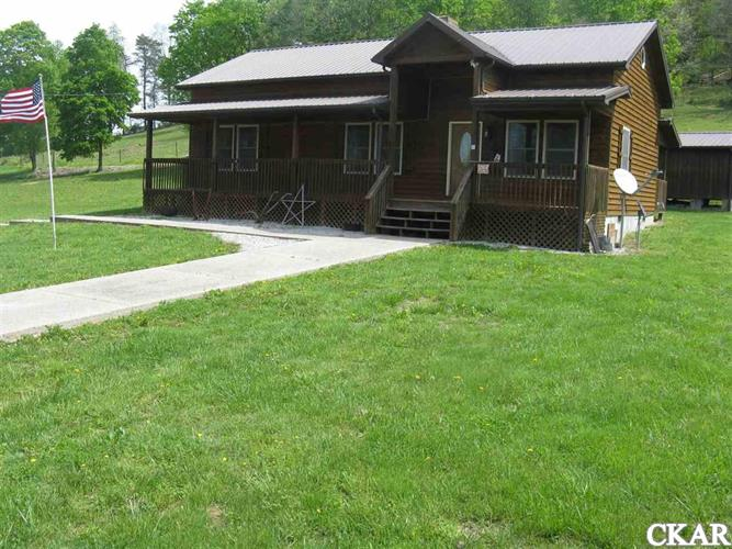 55 Thraser Ln, Crab Orchard, KY 40419