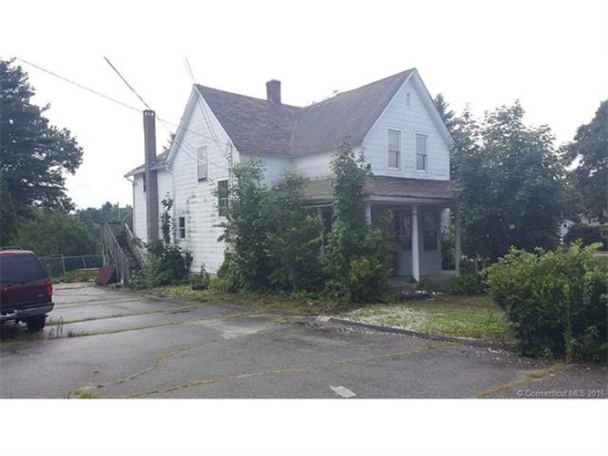 15 Monroe Ave, Griswold, CT 06351