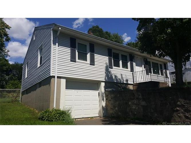 79 Hallock St, Waterbury, CT 06706