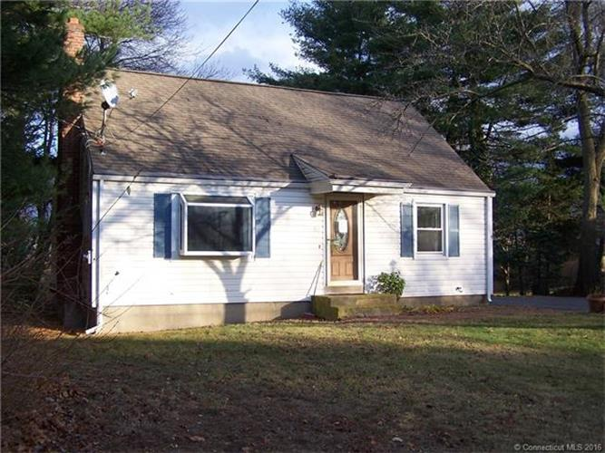 26 Lathrop Dr, Coventry, CT 06238