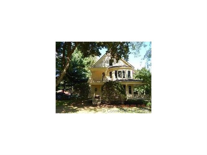 278 East St N, Suffield, CT 06078
