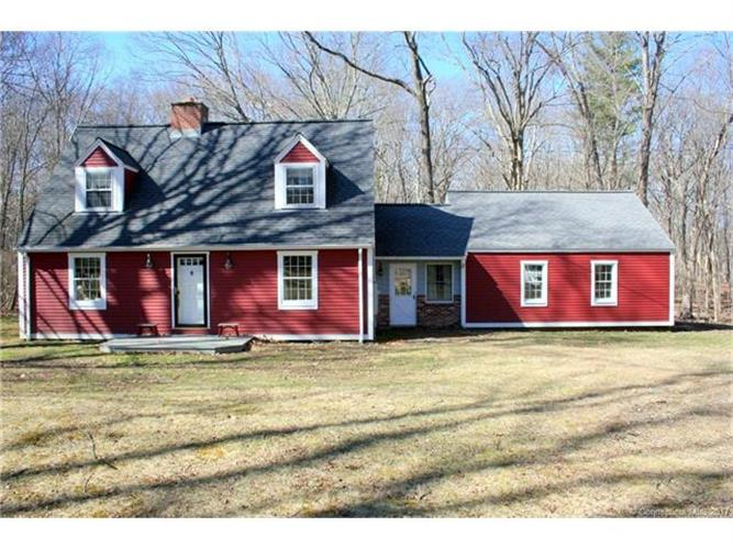 117 Dog Ln, Storrs Mansfield, CT 06268