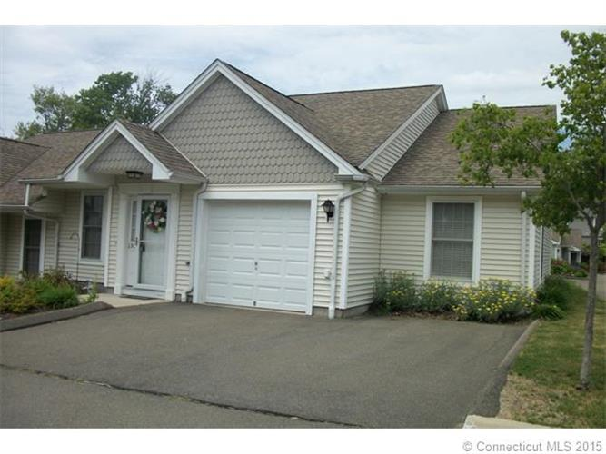 560 Silver Sands Rd, East Haven, CT