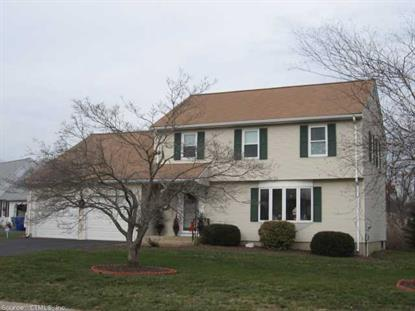 7 FARMSTEAD CIR, Enfield, CT