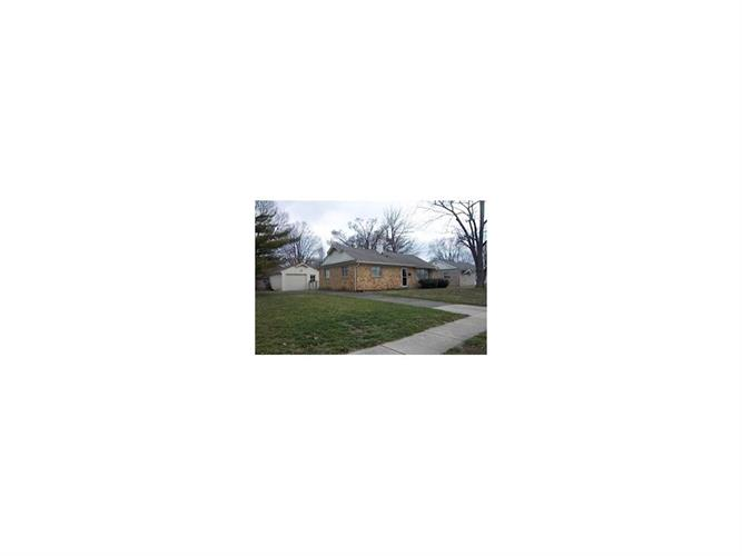 617 Carol Dr, Greenwood, IN 46143