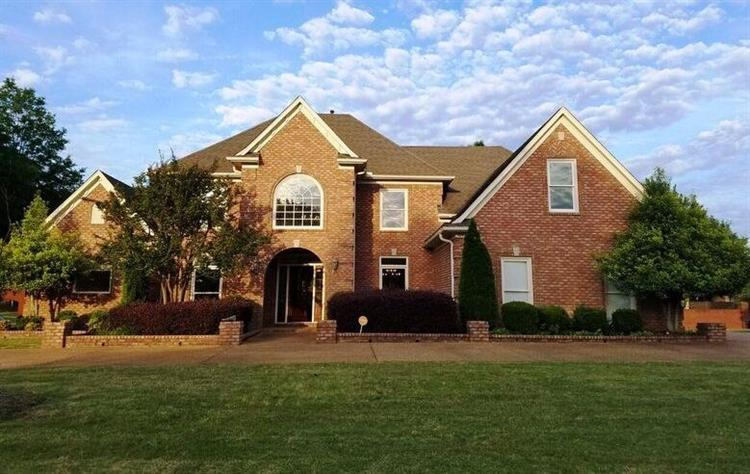 1042 SUMMER SPRINGS, Collierville, TN 38017