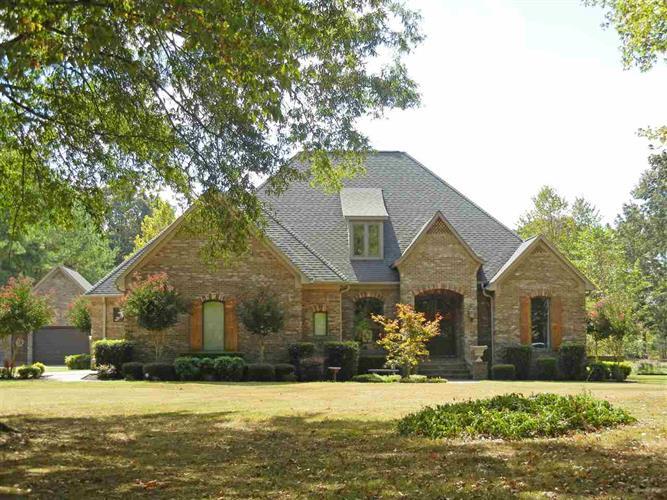 465 Welch Ln, Savannah, TN 38372